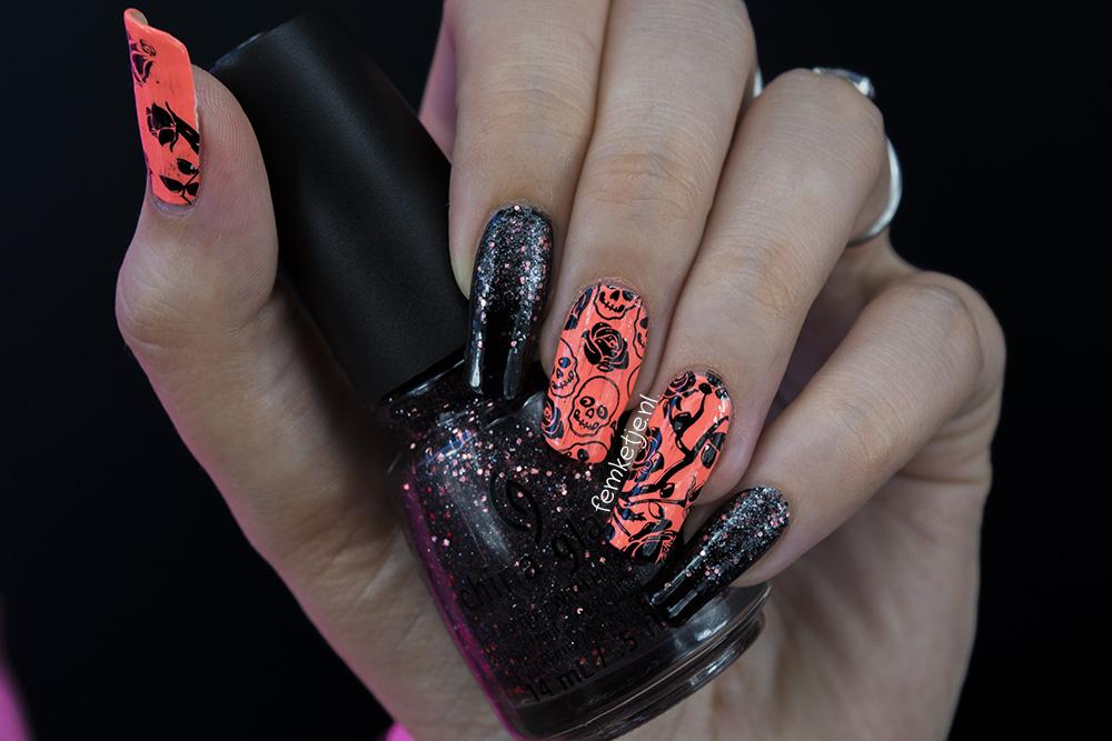 Cute Grunge Skulls Roses Nailart Summery Coral Black Femketje